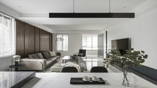 黑白灰+深木色,打造宁静沉稳的家
