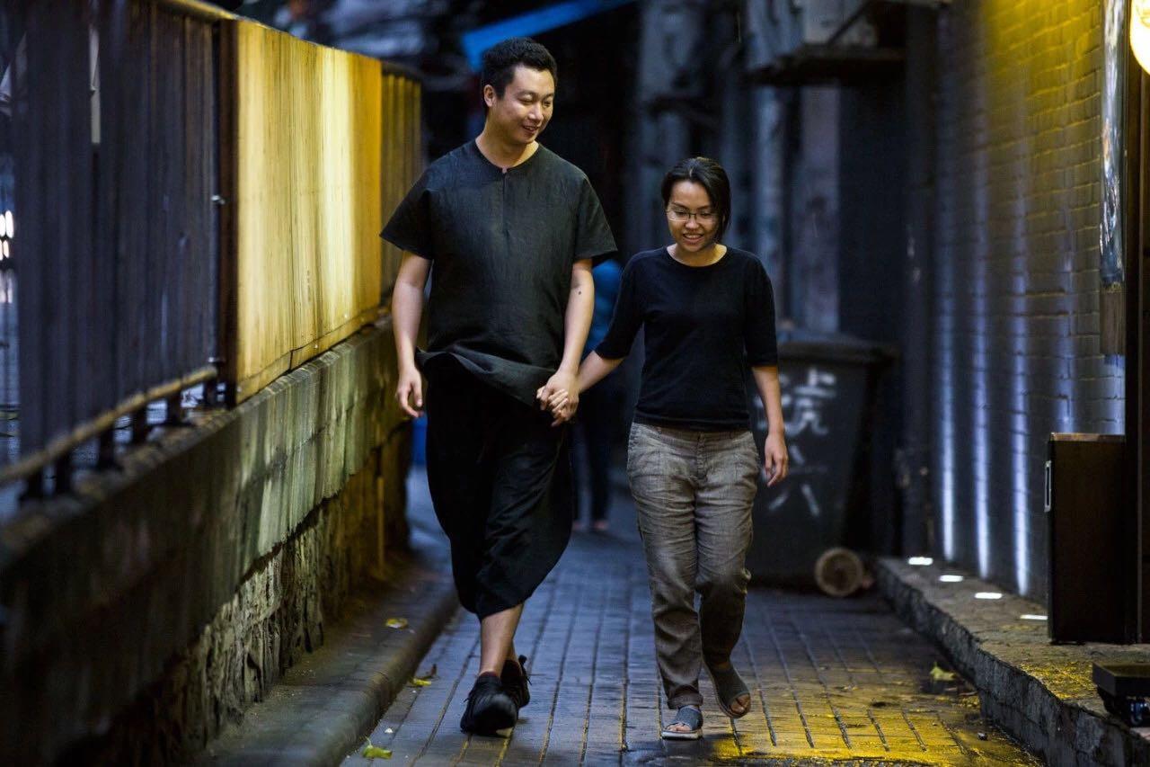 """广州夫妻辞职后迷上收旧物,开了座""""怀旧""""民宿,仿佛把时光留住了!"""